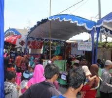 pengunjung bazar